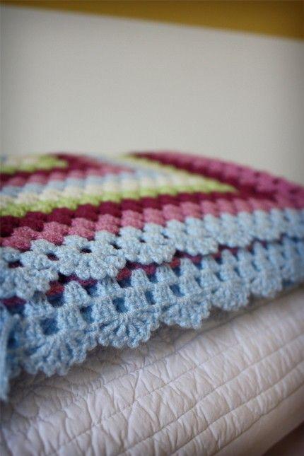 edge on crochet blanket