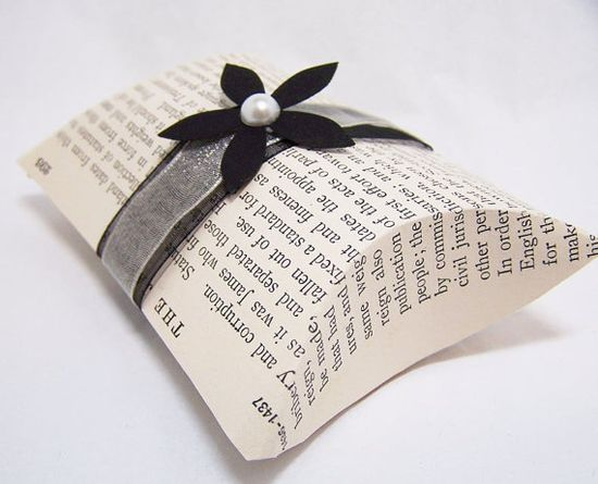 Vintage Book Page Pillow Boxes