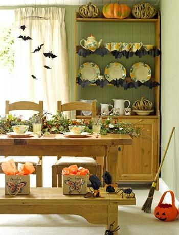 Halloween Interior Decorating cute home decorate ideas halloween interior dining room pumpkins bats