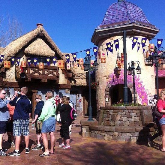 The new tangled restroom area, even has a phone charging station.