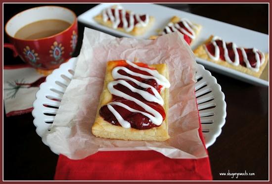 Strawberry Struedel (copycat Pillsbury Toaster Strudel)