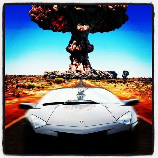 Explosive Lamborghini Aventador