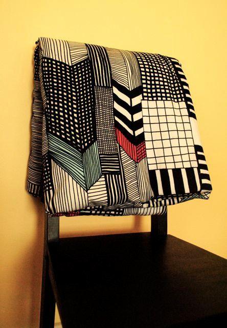 Marimekko geometric print (made into a blanket)