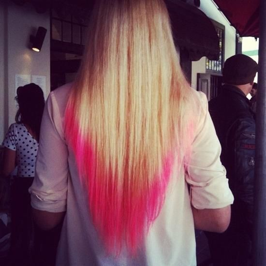 pink dip dye hair, almost did this the other day.