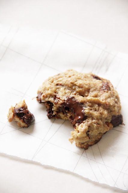 salted dark chocOlate almond coconut oil cookies