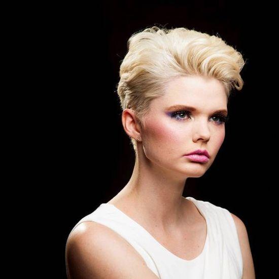 Beautiful, short, blonde hairstyle