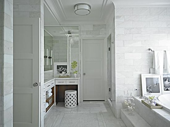 13 Black and White Bathrooms : Rooms : HGTV