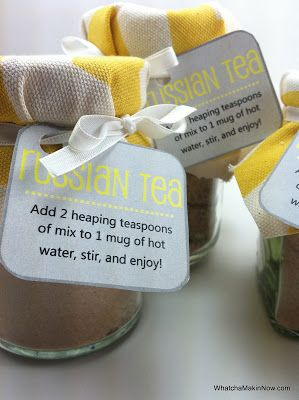 Super easy DIY gift for fall - Russian Tea Mix with a free printable tag!