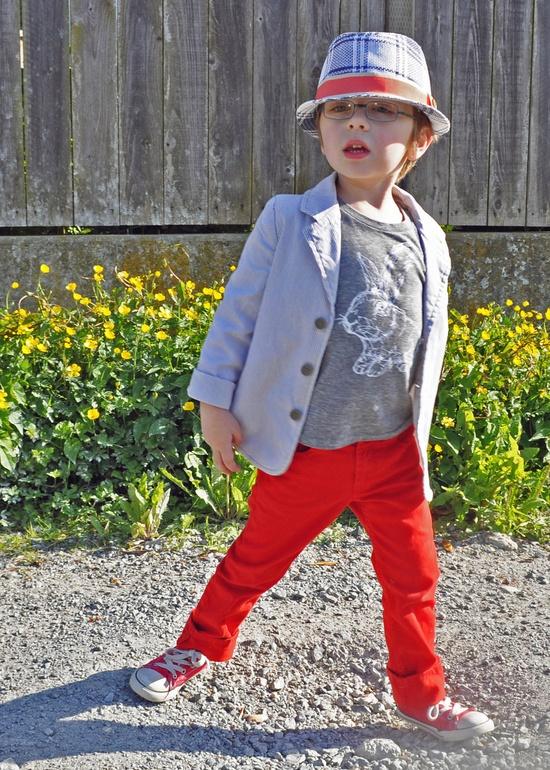 Love this kid...  Rabbit Toddler Tee (Eco-charcoal) Short Sleeved - KLTworks