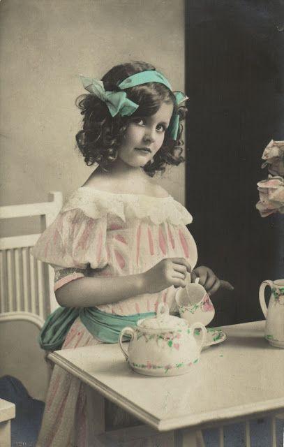 Vintage Rose Album: Herbatka