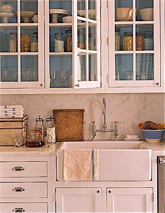 pink vintage kitchen...love the sink