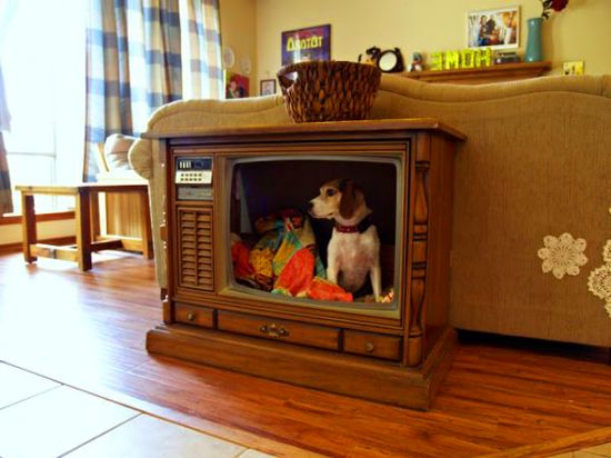 Old TV DIY Pet Bed