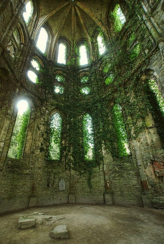 Abandoned Castle. I could be here all day.