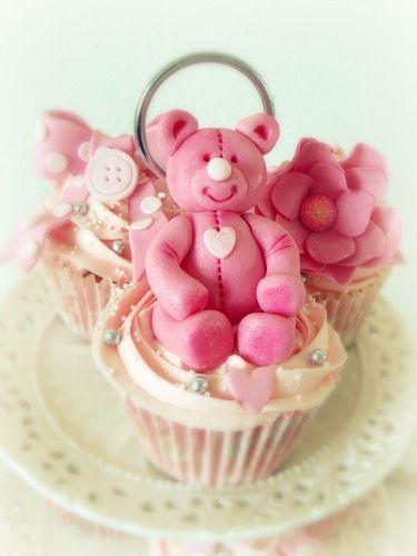 pink bear cupcakes