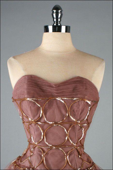 Vintage 1950s  dress detail