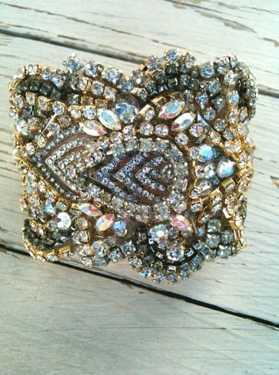 Pretty rhinestones bracelet.