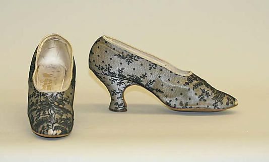 Shoes (1900-20)