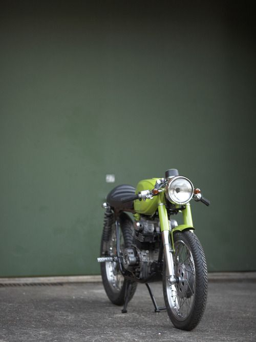 Cafe Lite....smaller cc cafe racer style, very cool...diggin' the green.
