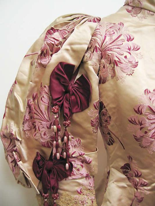 Bodice, ca. 1895, Worth. Silk and Linen. detail