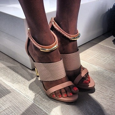 A shoe sneak peak at the Rachel Roy show! I think I am in love - these nudes pop with the gold color accents. #shoes #trends #nyfw #showcase #fashion