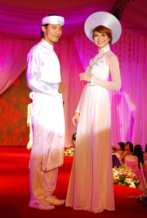 Wedding ao dai