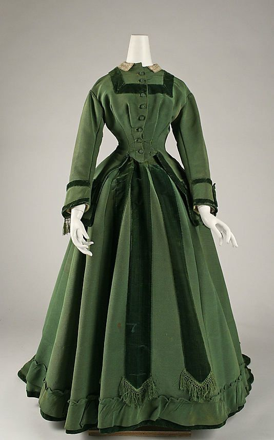 Dress - 1868 to 1879