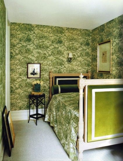 Steven Sclaroff // Kate & Andy Spade's Upper East Side apartment / Toile wallpaper
