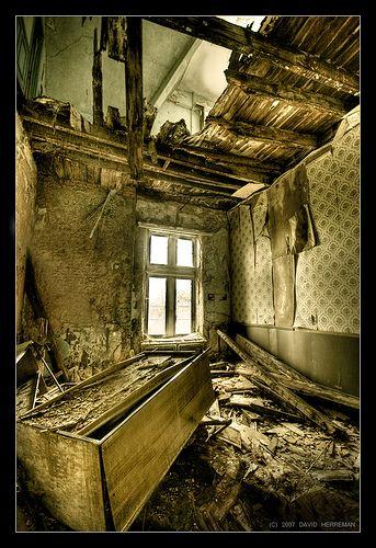 The Castle of Miranda - Abandoned