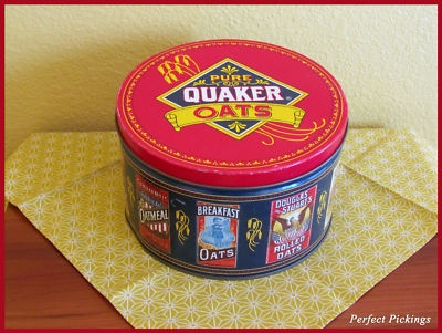 Vintage - Old Quaker Oats Oatmeal Tin Can