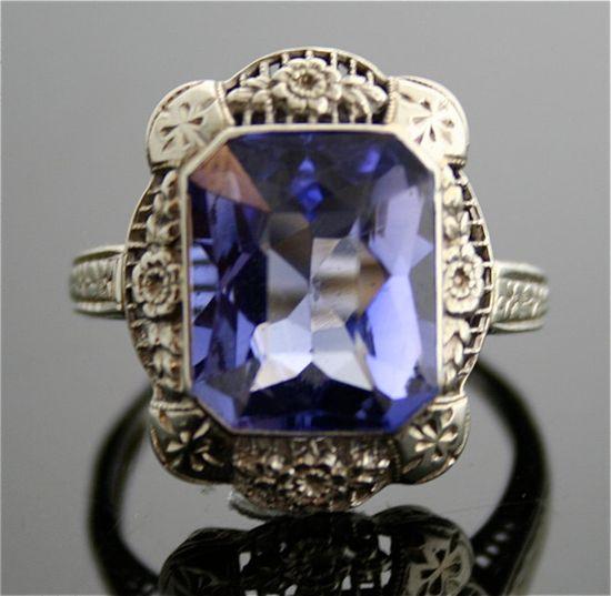 Edwardian Antique Ring - 14k White Gold Filigree Ring.