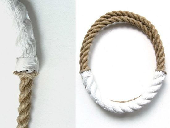 Necklace made of rope and porcelain Willemijn de Greef