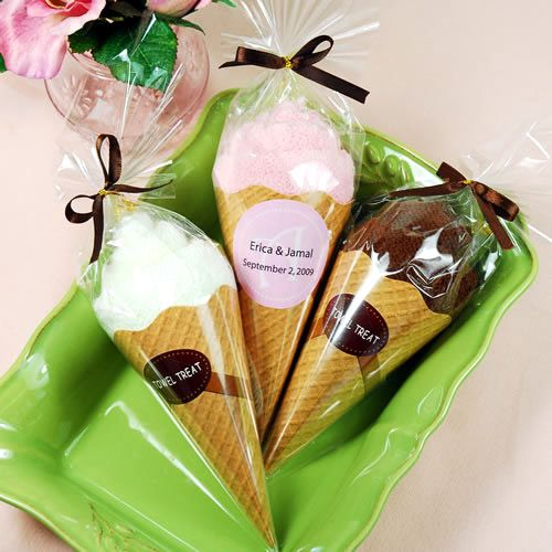 Adorable ice cream cone favors! #favors #icecream