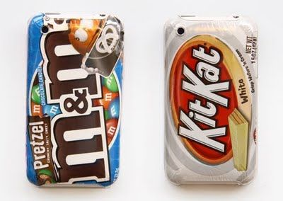 DIY iphone cases using your favorite candy wrapper