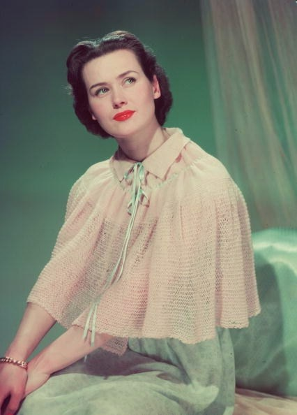 A lovely sleepwear look from 1952 featuring a thin knit capelet/bed jacket. #vintage #fashion #1950s