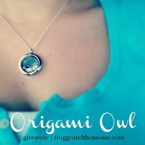 Origami Owl #giveaway with www.froggyandthem...