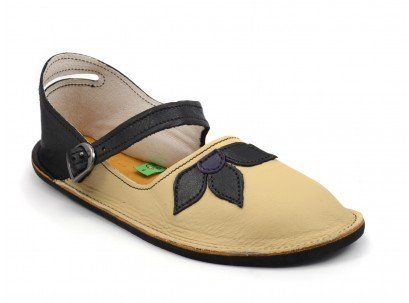 Handmade Mary Janes in Youth Sizes. Choose your own colors! #girls #shoes #tan #brown #flower