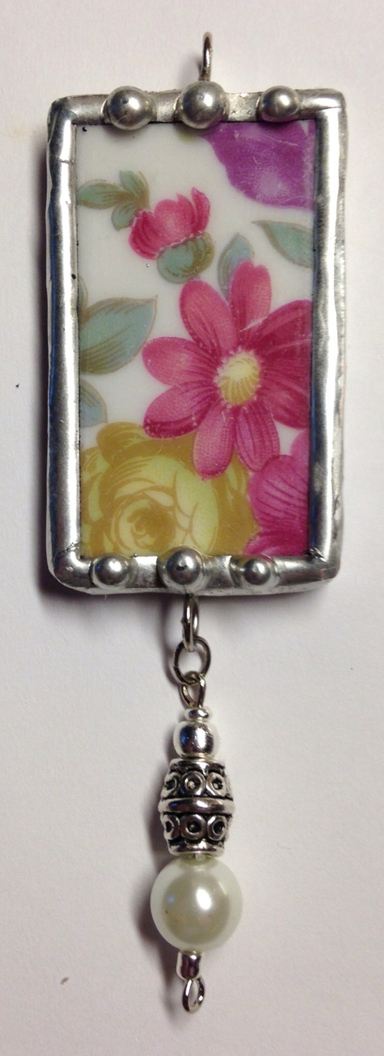 Soldered Pendant, Broken China, I love this piece...I love how the flower look.
