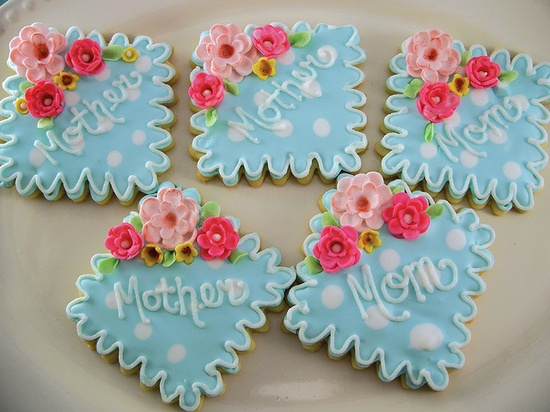 Cute Mother's Day cookies.