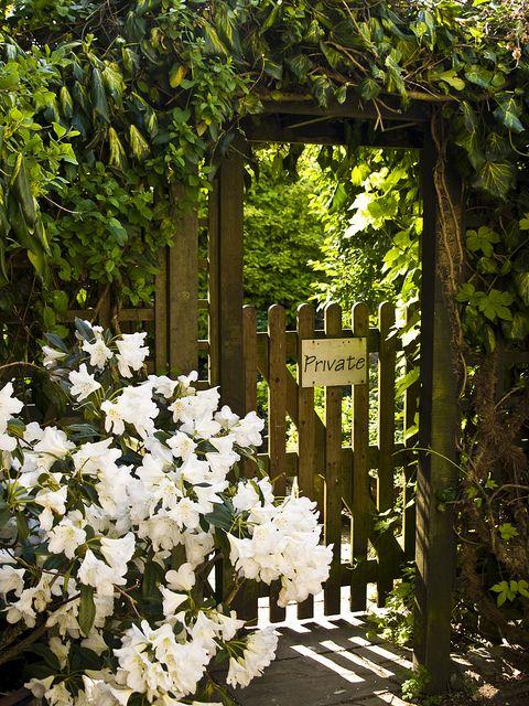 Private Gate...