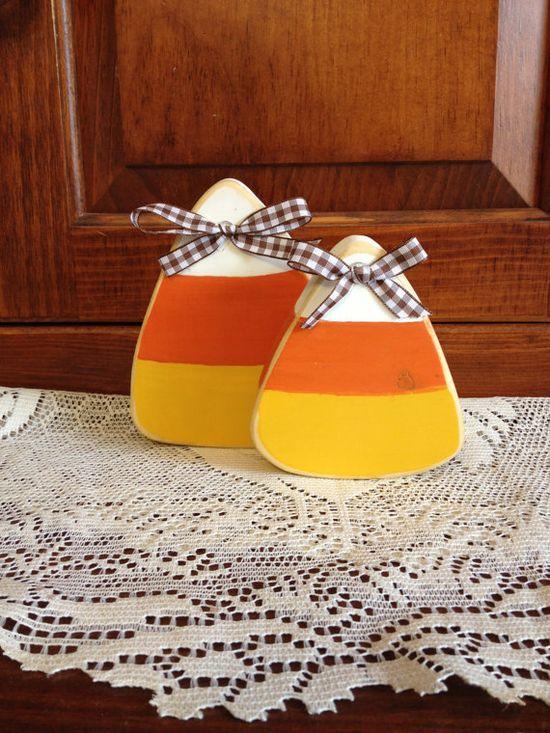 Primitive candy corn shelf sitter decoration set - Halloween - Fall - Autumn - Thanksgiving