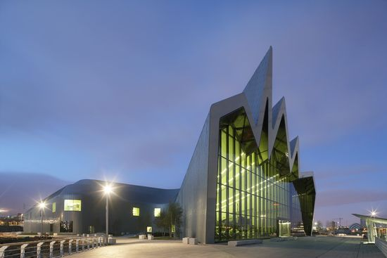 Over 500,000 visitors to the Riverside Museum in its First Weeks / ZHA
