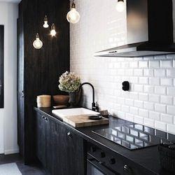 10 Pretty Kitchens
