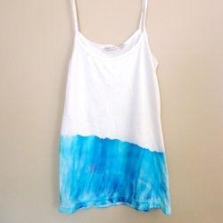 DIY 'Sprinkle Dye' Tank: A step-by-step tutorial.
