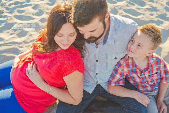 Lifestyle family photography - maternity -Lindsey Gomes Photography