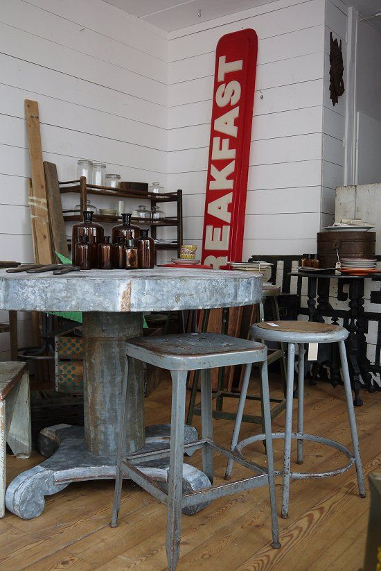 © Amsterdamnext.com Zinc table and industrial stools