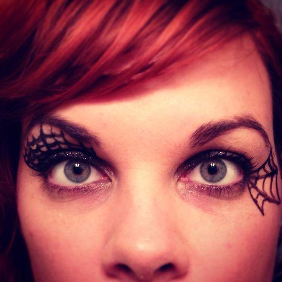 Spiderweb eye makeup