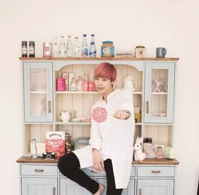 B.A.P's Zelo is a sweet candy boy for '10+Star's November issue