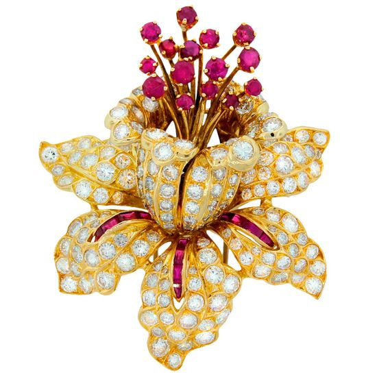 RENE BOIVIN Diamond Ruby & Yellow Gold Tremblant Brooch Pin - Photo courtesy of Nadine Krakov