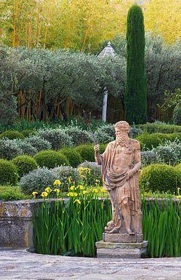 Garden design Michel Semini, Provence