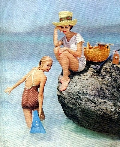 Gretchen Harris (l) and Joanna McCormick (r), photo by Richard Rutledge, Virgin Islands, Vogue Jan. 1957